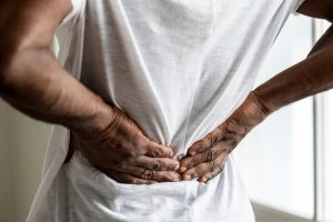 Chiropractor for Middle Back Pain